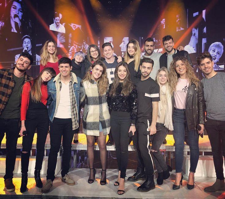 "115.3 mil Me gusta, 690 comentarios - ANA GUERRA (@anaguerra_ot2017) en Instagram: ""3,2,1..... Empezamos #giraOT #ot2017 #eleganza #conunasonrisa #singers"""