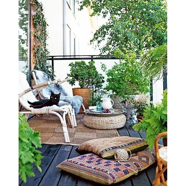 Op De Blog: De Moosite Scandinavische Balkons! #balkon #balcony #interior #  · Outdoor RugsOutdoor ...