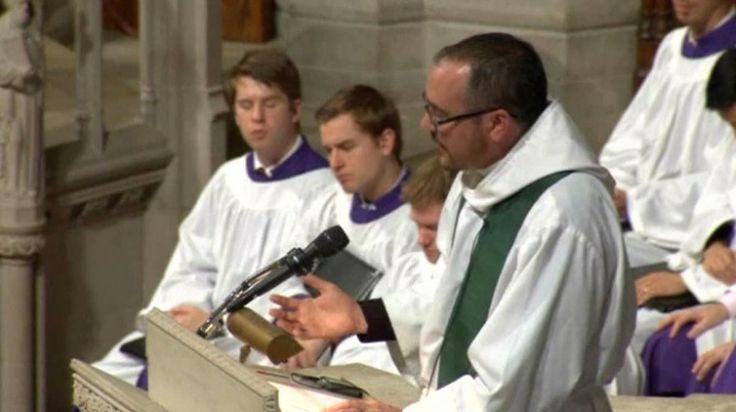 Sacerdote transexual predicó en la Catedral Nacional de Washington