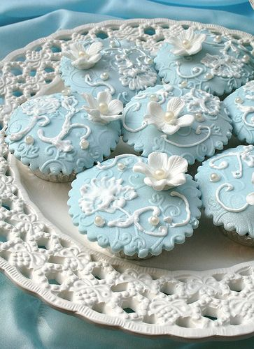 blue & white baby cakes