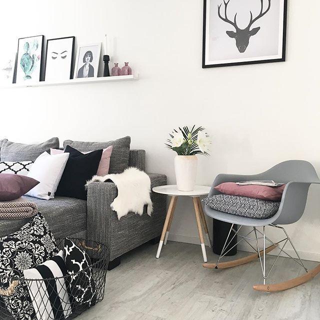 Hey ihr Lieben, was für ein Wetter momentan..☀️☀️Ich hoffe ihr habt den Tag genossen.☀️ #wetterkannsobleiben Einen gemütlichen Abend.♥️ #livingroominspo#wohnzimmer#interior4all#couch#westwing#mynordicroom#scandihome#interiør#wohnkonfetti#interior123#whiteinterior#nordicminimalism#mywestwingstyle#easyinterieur#austrianinteriors#interiør#showhometop5#skandinaviskehjem#interiorwife#interiorandhome#solebich#scandiinspo #pillows#cushions#