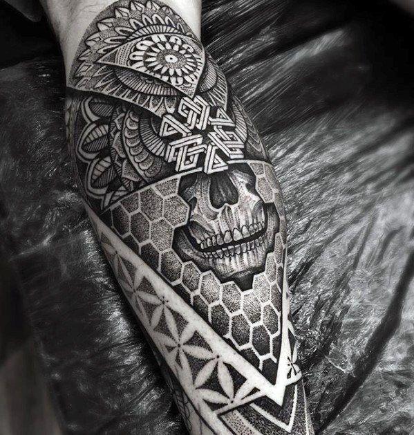 50 Geometric Leg Tattoos for Men – Masculine Design Ideas