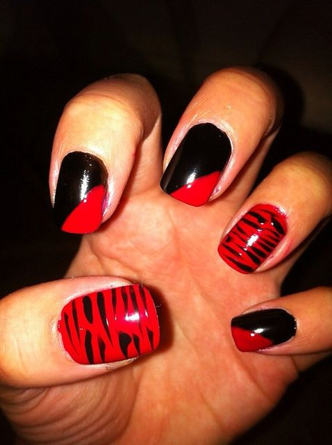 Red and black nail art | Flickr - Photo Sharing!