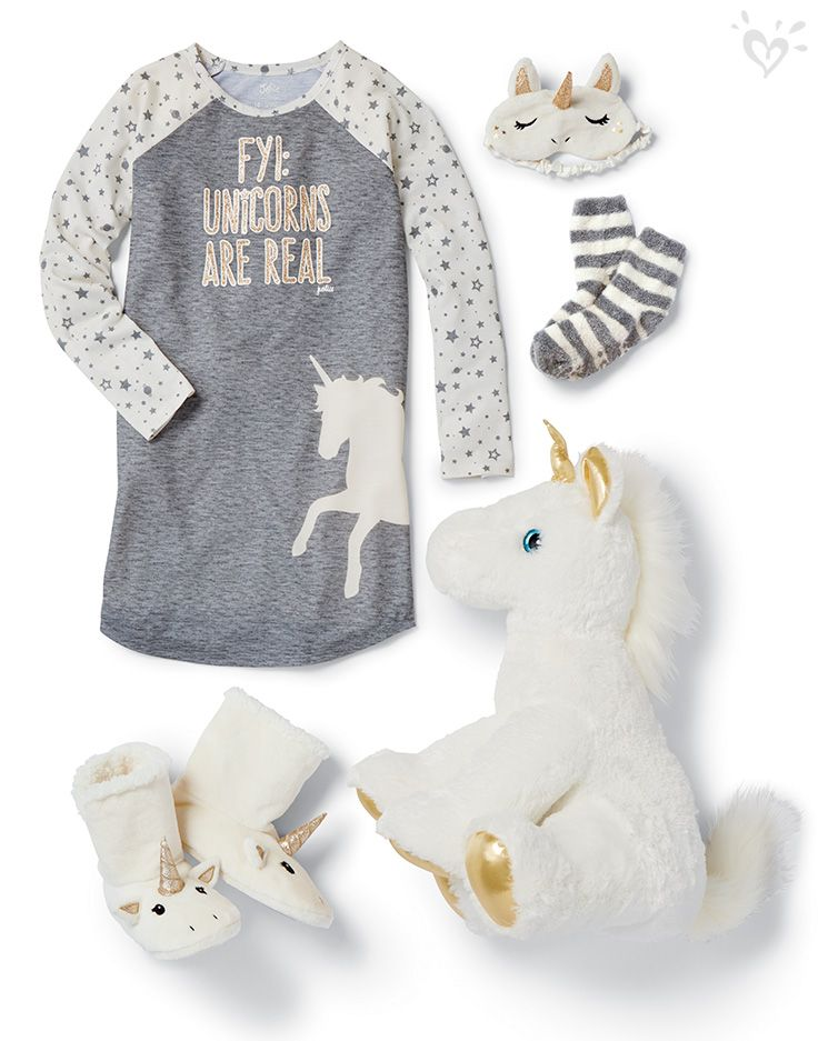 Unicorns forever! We believe that fantasies can be real with the proper Sleepover Shop accessories!