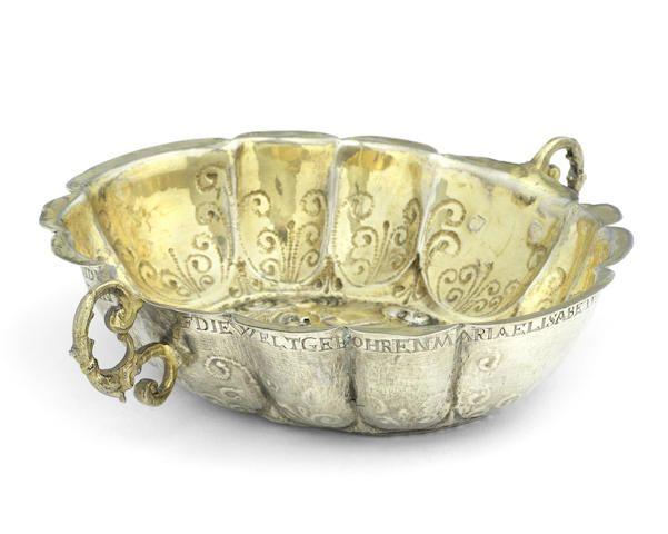 A 17th century German parcel-gilt silver wine taster Frankfurt circa 1680, maker's mark FS. 3.3-5