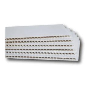 LOT DE 50 PANNEAUX BLANCS AKILUX DE 80 X 120 CM.  Le panneau polypropylene alvéolaire est particulièrement résistant.  Il peut être cintré, plié et possède une bonne tenue aux UV  Utilisable de -20 à +90°C, les panneaux supportent la vapeur, sont stérilisables, et peuvent étre utilisés lors de processus de congélation. http://www.boutipub.com/supports-vierges/814-lot-de-10-akilux-blanc-80-x-120-cm-vierge.html