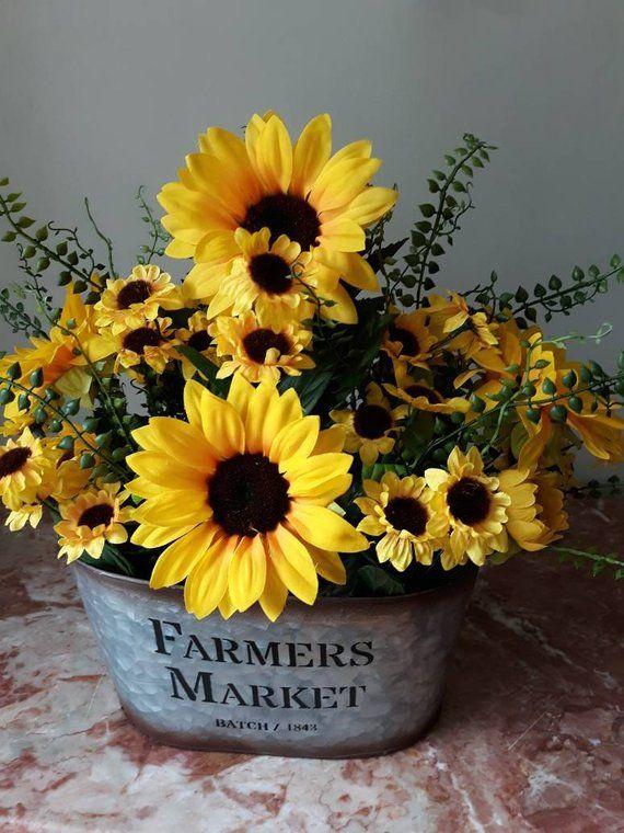 Farmhouse Arrangement Sunflower Arrangement Summer Farmhouse Floral Sunflower Centerpiece Rus Sunflower Arrangements Sunflower Centerpieces Sunflower Decor