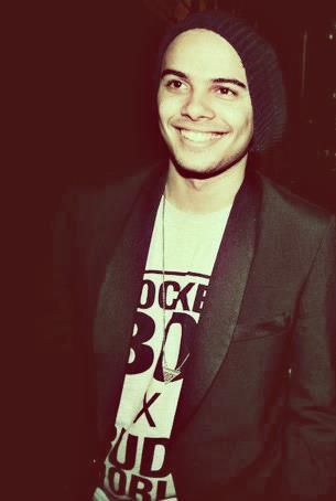 That smile <3 Thank you, God for Jimmy Nevis! Such perfection ^.^