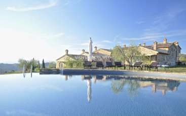 Workaway in Italy. Help in an ancient Tuscany house
