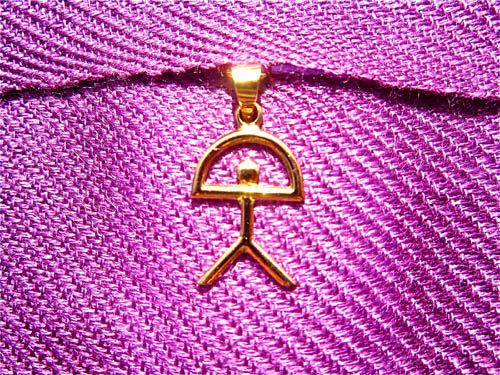 Indalo pendant in gold. . . a really special piece of jewellery with meaning - for luck and protection. This classic-style 18 carat gold pendant features the lucky Indalo, known in some parts of the world (and especially in Spain) as a symbol of protection and good fortune. People who are lucky think positively, look for opportunities and are always open to possibilities.
