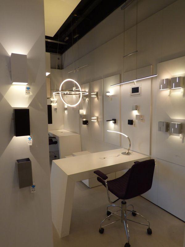97 best showroom winkel interieur verlichting keuken for Led hanglampen woonkamer