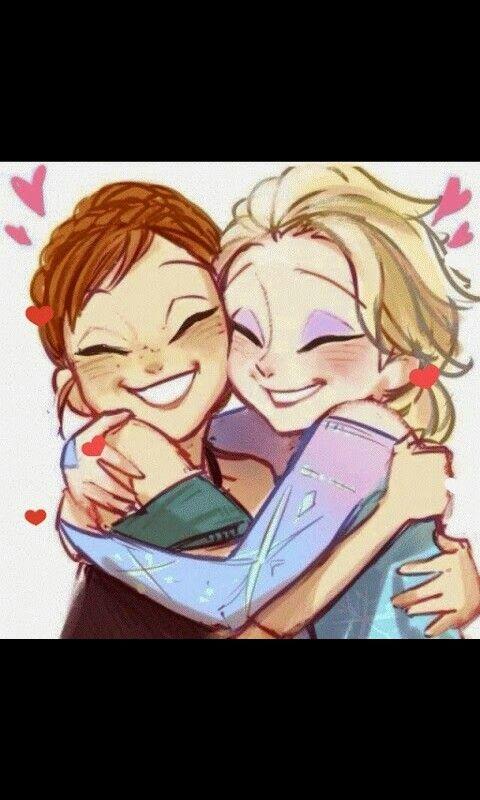 Elsa e Anna in un....caldo abbraccio♡
