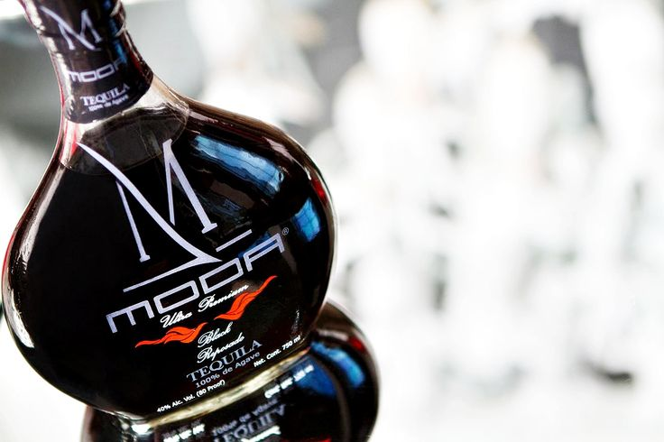 Tequila Negro / Tequila Moda