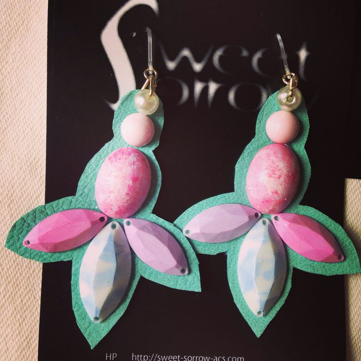 earrings by sweet sorrow ピアス
