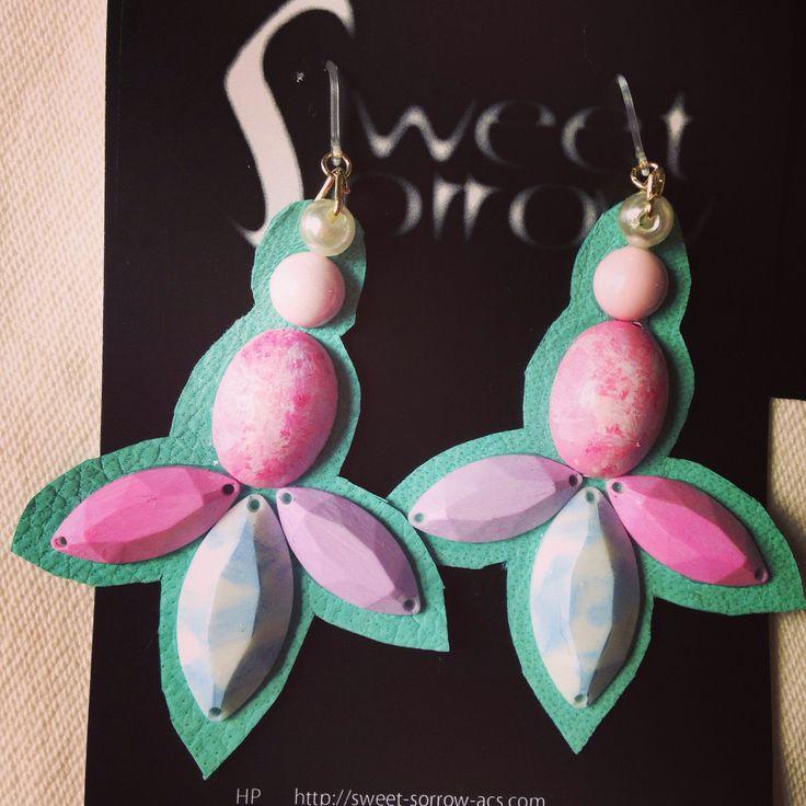 earrings by sweet sorrow ピアス