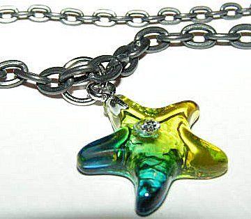 Resin grön/blå sjöstjärna hänge, styck