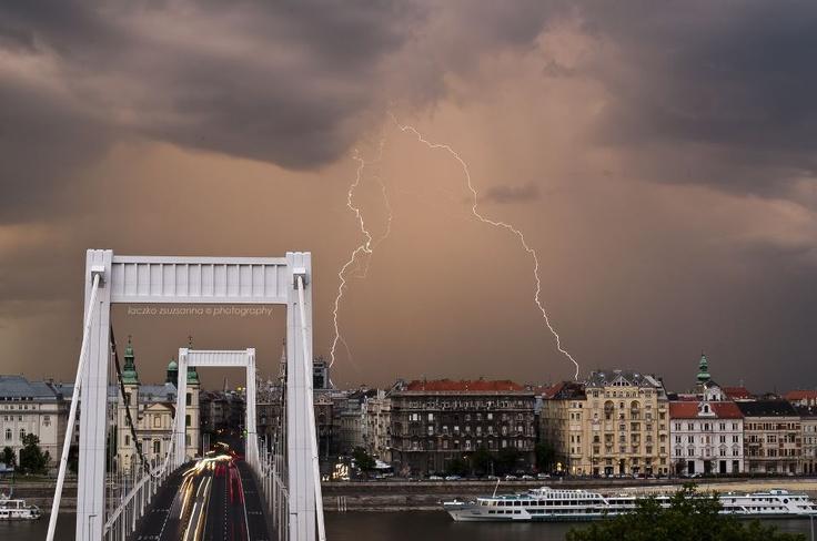 Budapest lightning