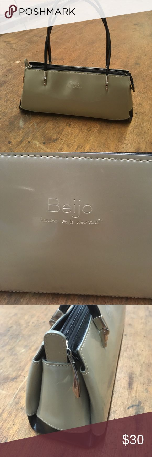 Beijo Purse This two tone Champagne/Black is a true classic what an Elegant Bag for Day or Evening Beijo Bags Satchels