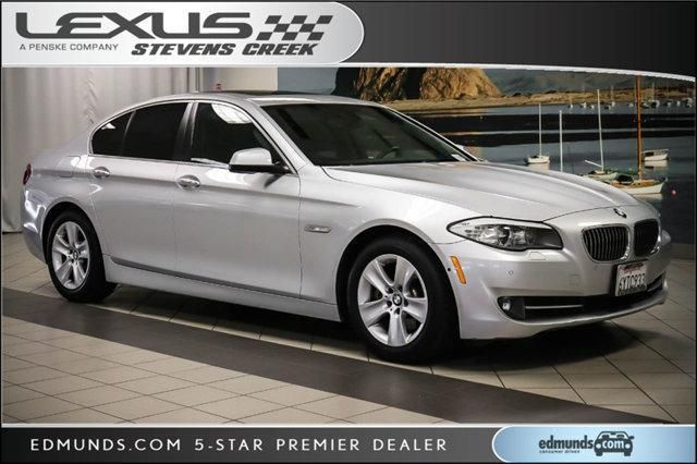 2013 Bmw 528i With Images Bmw 528i Bmw Car Models Bmw
