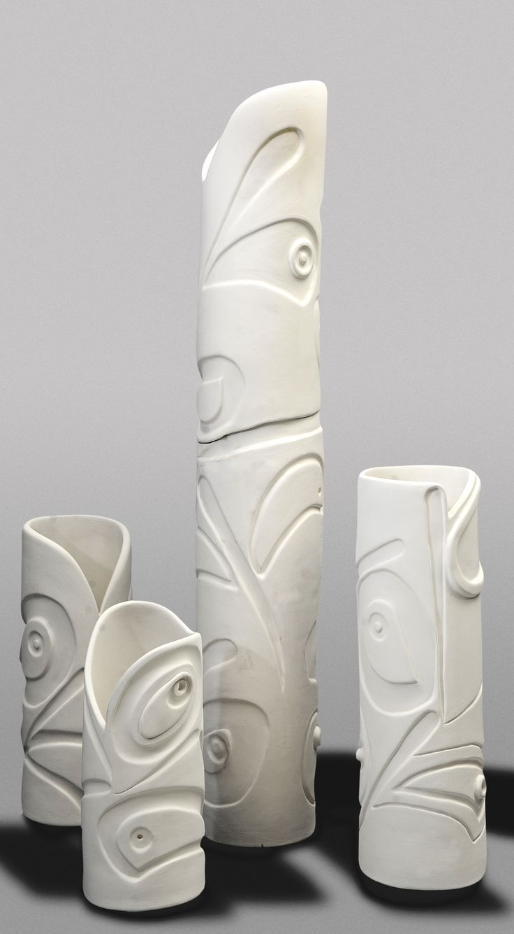 """Şenay Kaya i""""m not sure of this artist's inspiration but the ovoids are reminiscent of many Pacific Northwest First Nations Art."""