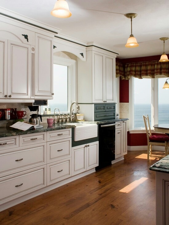 White cabinets kitchen designs pinterest for Kitchen designs pinterest