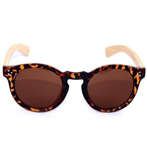 Gafas de Sol #Insignia #Birkin   El modelo de Gafas de Sol Birkin es elegante y sofisticado. Se caracteriza por su montura de pasta con acabado carey, cristales polarizados oscuros y patillas de bamboo natural, nunca se repite el dibujo de la varilla, eso las hace únicas.   Certificado de calidad UV 400 y fabricación eco-friendly.