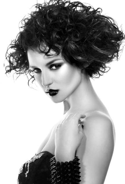 how to style short hair for a night out 157 best images about shortcuts 4 on 7235 | 2423dd57de7e7954183391fef7235bad short curly hairstyles curly hair styles