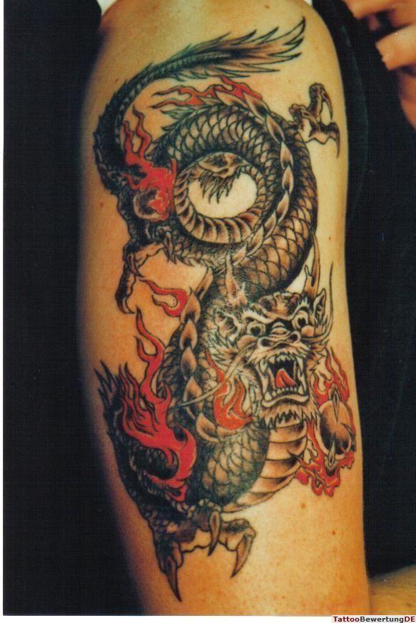 chinesischer drachen tattoo bunt tattoos pinterest tattoo asian tattoos and tatting. Black Bedroom Furniture Sets. Home Design Ideas