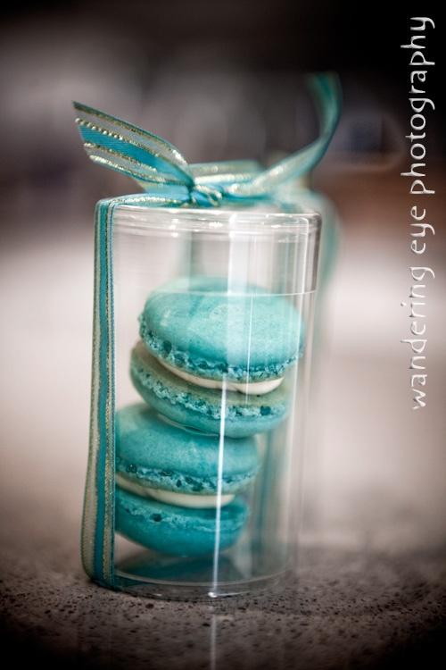 Bomboniere for my wedding.... Macaroons!!!  Yummy!