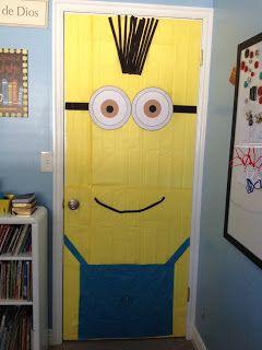 ¡Sorpresa! Decorando la puerta del cuarto de mi hijo en su cumpleaños. #Dispicable me #Minions #Cumpleños #bithday #Purple minions #DIY