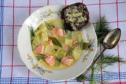 Kermainen kalakeitto on klassinen kalaruoka, johon voit käyttää esimerkiksi lohta, siikaa tai kuhaa.