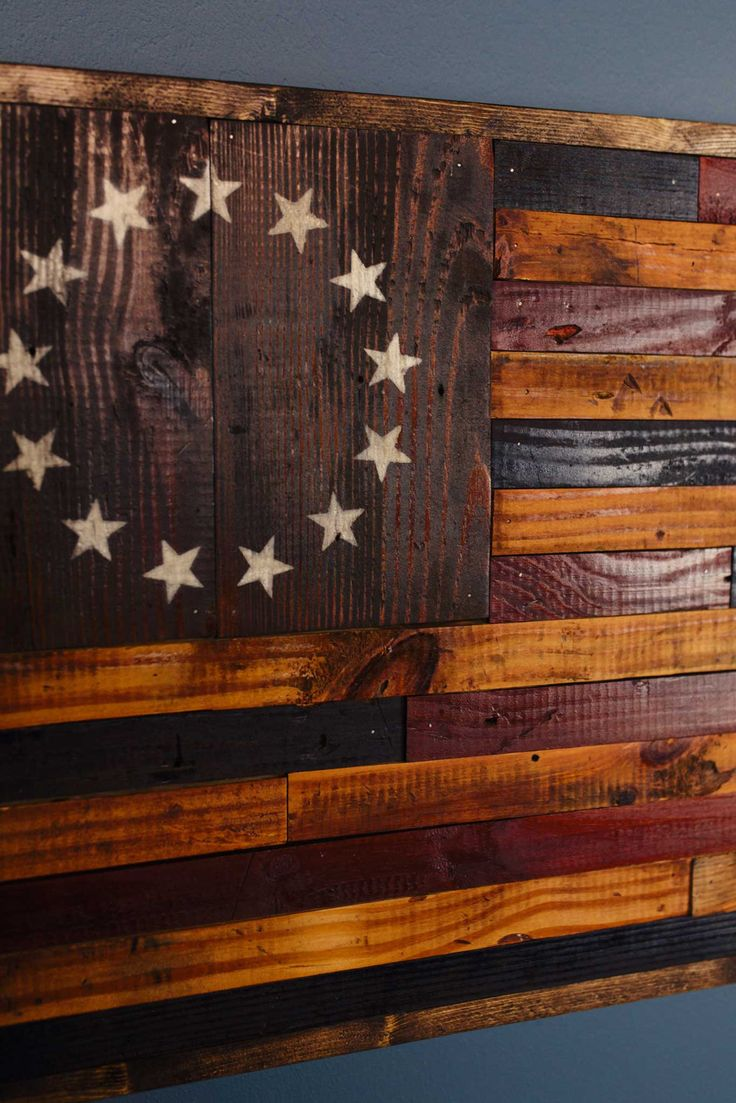 A perfect gift for the Patriot or Veteran in your life. This rustic American flag is handmade using 80 year old reclaimed barnwood. The Betsy Ross flag is an early design of the flag of the United Sta