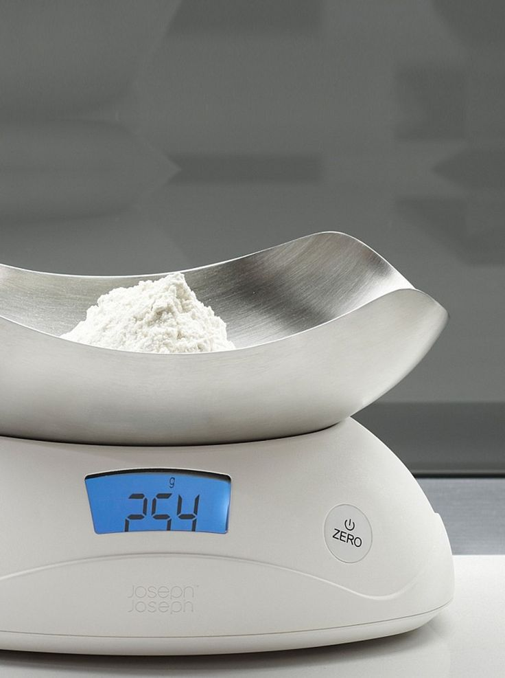 No more scale that is hard to store anywhere and difficult to read, since this digital scale is sleek, practical, and versatile at once. Lift off the integrated measuring bowl to reveal a large, easy-to-read LCD display and simple controls. Rest the upturned bowl on the unit and it's ready to weigh both liquids and dry foods.