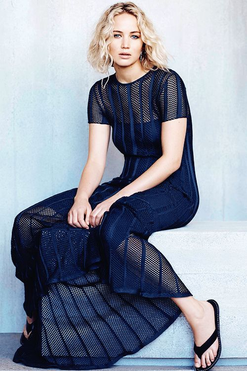 Jennifer Lawrence for ELLE Malaysia [January 2016]