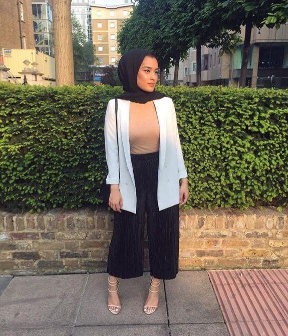 Hijab style 🌸 Pinterest @adarkurdish