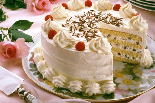 Cannoli cake made with rich ricotta cheese filling. Get nutritional information plus step-by-step instructions to making this decadent cheese dessert.