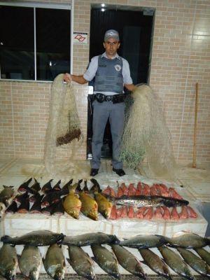 Pesca ilegal resulta em doação de 54 kg de peixe em Rosana