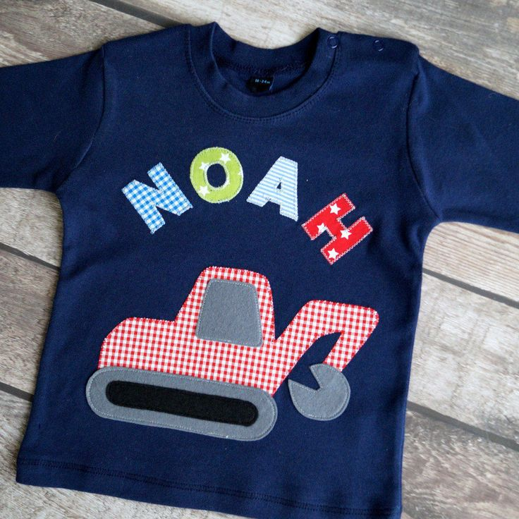 Langarmshit in dunkelblau mit Bagger und Name, Baumwolle T-Shirt von LittleVIP2015 auf Etsy