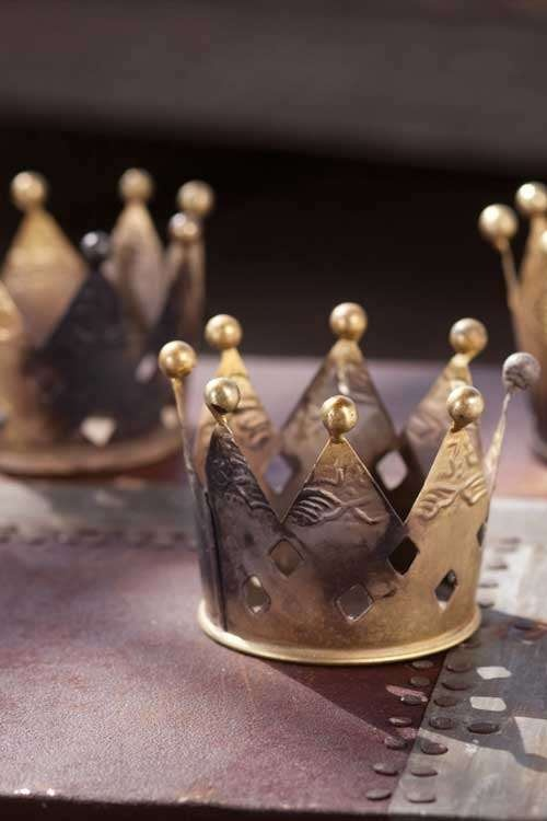 I love crowns. Metal Crown Votive