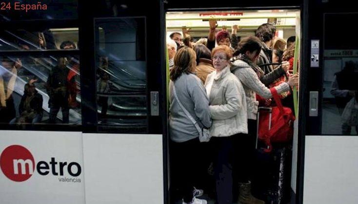 Desde llaves y mochilas hasta dentaduras o muletas: los objetos perdidos en el metro de Valencia