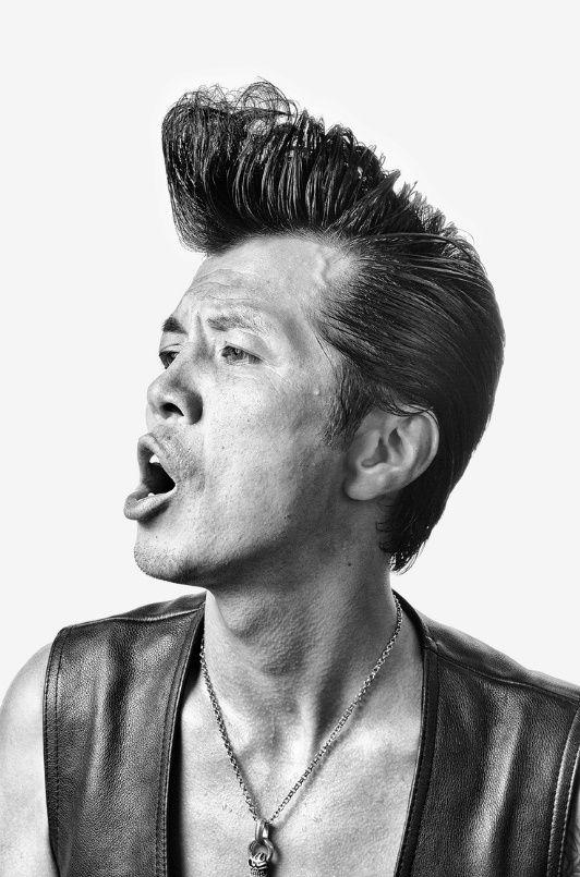Roller-Zoku - des portraits de membre de gangs rockabilly de Tokyo par Denny Renshaw - https://www.2tout2rien.fr/roller-zoku-des-portraits-de-membre-de-gangs-rockabilly-de-tokyo-par-denny-renshaw/