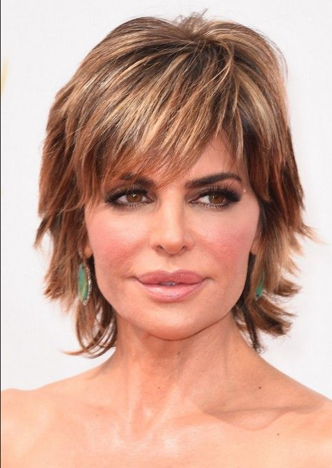 Lisa Rinna Haircut - Layered Short Hairstyles for Thick Hair