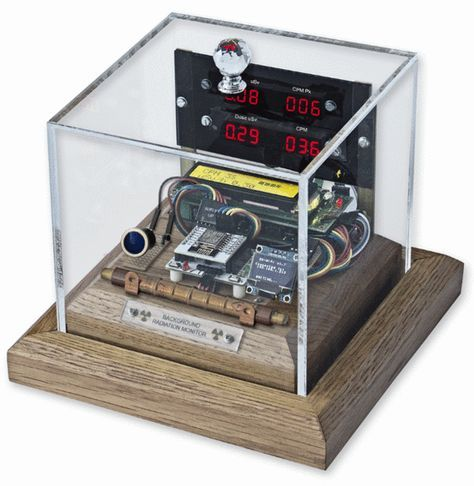 Arduino Background Radiation Monitor With 7 Segment Display