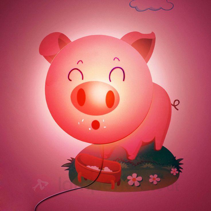 Beautiful Wer Schweinchen liebt kommt an dieser Mischung aus Wandleuchte und Wandtattoo nicht
