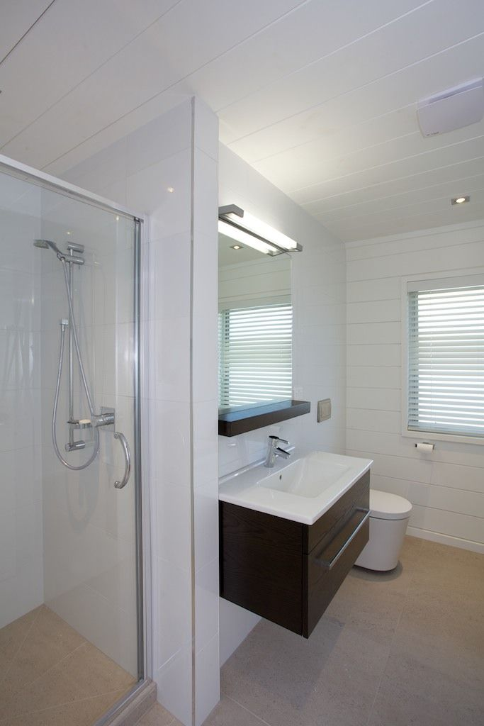 lockwood all white beach house with white painted bathroom - Painted Wood Bathroom Interior