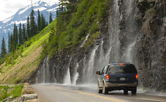 Going-to-the-Sun road in Montana is one of the MOST scenic drives in America.