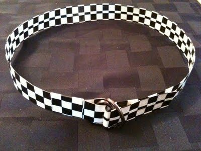 Duct tape belt tutorial.  Love this!  You could make soo many different colored belts for little ones!