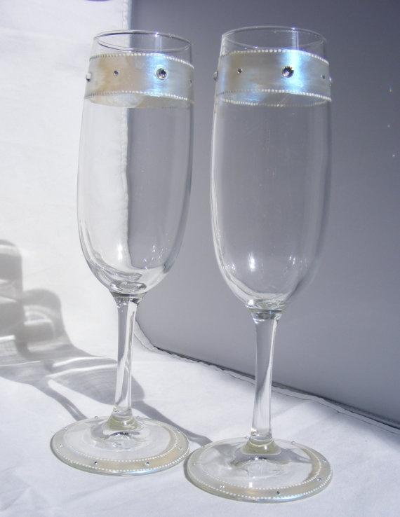 Glass Champagne Flutes With Iridescent Medium Swarovski