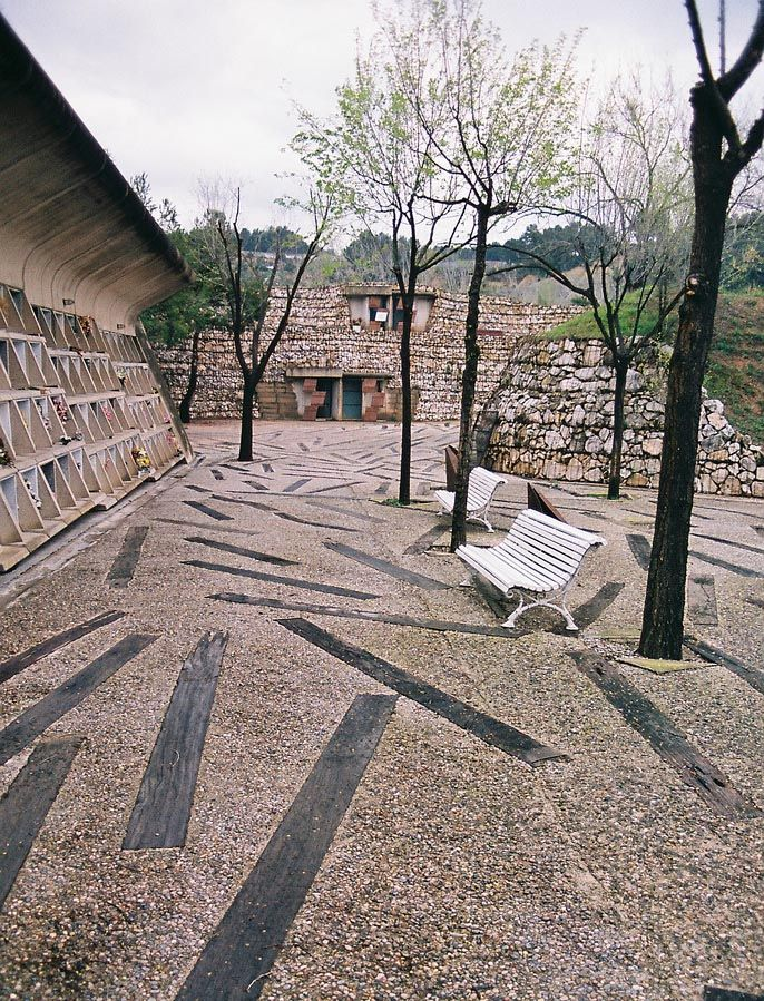 Enric Miralles y Carmé Pinos | Cementerio | Igualada, #arquitectura #espacio publico #enric miralles España | 1994