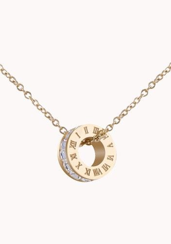 Elegant Circle Charm Necklace In Gold